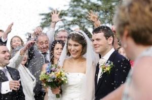 The new Mr & Mrs Benn, Sarah & Andrew